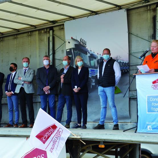L'inauguration officielle lancée par la président de la fête, Amélie Gillet. Photo : TM